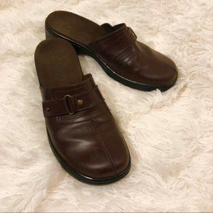 Clarks Leather Mules Size 6 M Brown